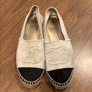 Chanel black and creme espadrilles!